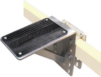 Trailer Step Aluminum With Mounting Hardware 300# Capacity Seachoice 52271